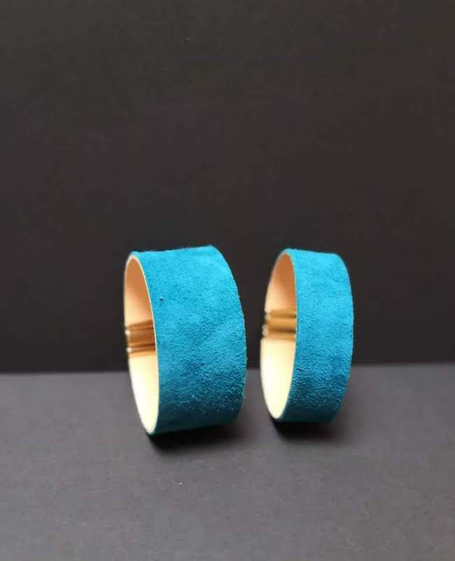 bijoux bracelet manchette large fine métal cuir bleu création artisan 78